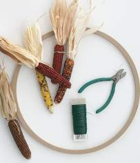 mini-indian-corn-wreath-wire-cutters